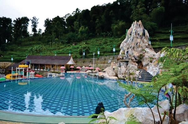 Ciwidey Valley Resort Hot Spring Waterpark
