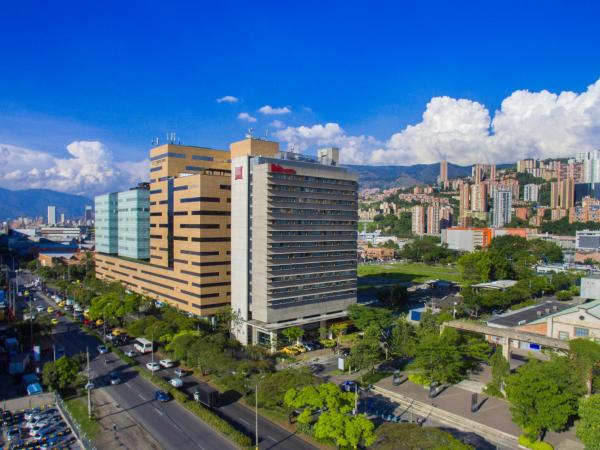Ibis Medellin