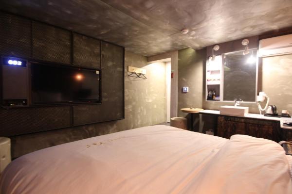 Yes Motel