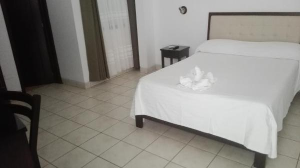 Hotel Cerro Verde