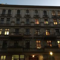 Elegante Altbauwohnung in Charlottenburg