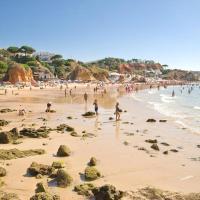 Villa V4 com Piscina Privada a 400 metros da Praia