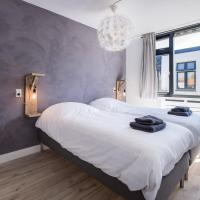 Spacious Koningstraat Apartment (sleeps4)