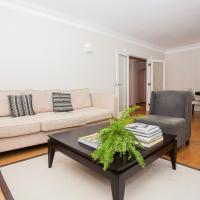 Luxury 2BD Mayfair Apartment