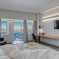 Naves Suites Opens in new window