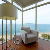 Luxury Seaview Balcony Apartment