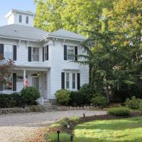Historic Whaling Captain's Home & Cottage