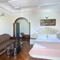 Hotel Chithra