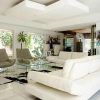 Luxury Upmarket Homestay 20 on 4th