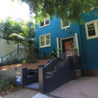 Bondi Oasis Stylish Three Bedroom Apartment