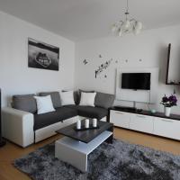 Mathias Apartment
