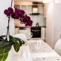 Apartment Insat IV
