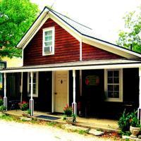 Redwood Cottage
