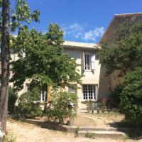 Maison Daumas Billard Français et Piscine