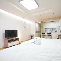Enjoy budget apartment in Gangnam 2