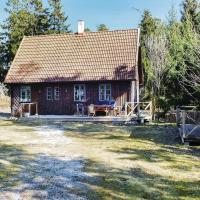 Holiday home Katthammarsvik with a Fireplace 356