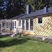 Three-Bedroom Holiday Home in Gotlands Tofta