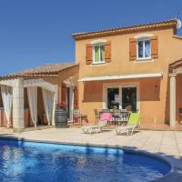 Three-Bedroom Holiday Home in Chateaurenard