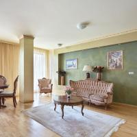 lira Apartments