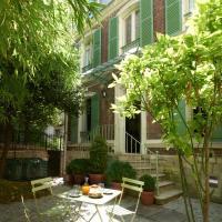 Maison Lepic Montmartre