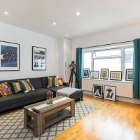 Bright 2 bedroom duplex flat in Paddington