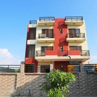 OYO Flagship 238 Noida Sector 72