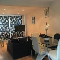 Spacious 4 bedroom house near Crossrail station