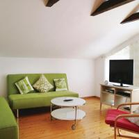 Two-Bedroom Apartment in Elmenhost