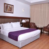 Lilywhite Hotel