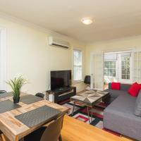 Applewood Suites - 2 BDRM Annex Loft
