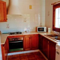 Enjoy Javea staying in a cosy house in Pinosol