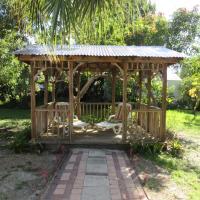 Bungalow in Tropical Garden