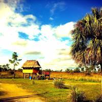 Everglades Chickee Cottage & Bungalow - Ochopee