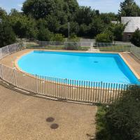 Charmant studio avec piscine
