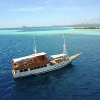 Kelana Boat