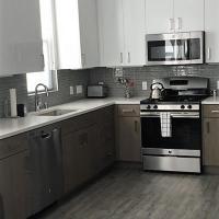 Menlo Park - EMP - 2101 - 2 - 230401 Home
