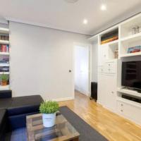 Modern flat. Perfect location