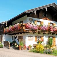 DEB 031 Ferienwohnungen mit Bergbl
