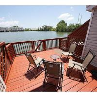 Large Lake Home Awesome Location for Relaxing and Sites Great Views