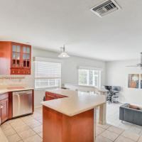 Large Private Home , With Pool Located In Tampa