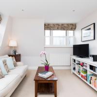 2 Bedroom Flat Central London