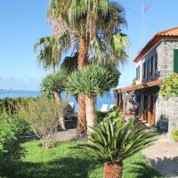 Cliff-top Location, peaceful, Superb Seaview