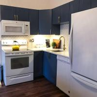 Newly-Reno'd Stylish Apartment in Downtown Halifax