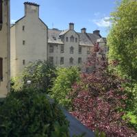 Chessels Court Apartment