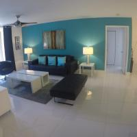 The Turquoise Apartment at The Yacht Club of Aventura