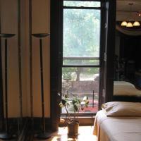 Spacious Luxurious Brooklyn Brownstone Studio