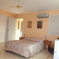 Blue Room & Hostal Alina