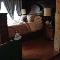 Storystayover - Hassam Room; Hop, Skip, & Jump Downtown - OTR
