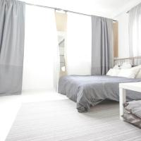 Convenient & chic studio at the heart of HK