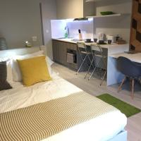 Modern Studio Apartment in City Centre (210)